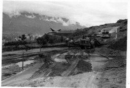 Construcción de la calle Caurimare - Colinas de Bello Monte. | Foto: Rosendo Reglá Casals (1927-1999)