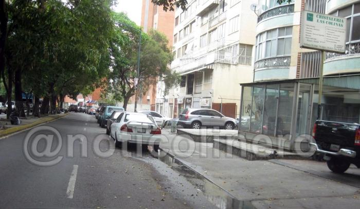 Aguas negras avenida caurimare_4_1_1