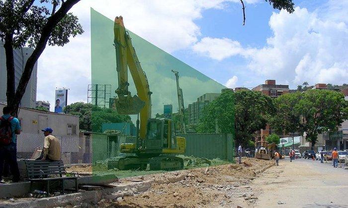 A menos de 100 metros del puente Veracruz el Ministerio de Transporte Terrestre y Obras Públicas abrió un boquete en el perfil verde, para meter allí otro puente de guerra - Foto: Cheo Carvajal
